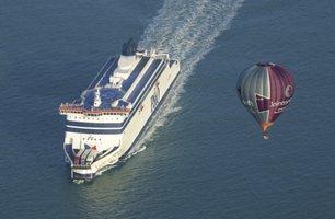 Cross Channel Balloon Flight